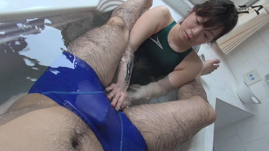 【HD】競水競パンぬるぬる相互猥褻 サンプル画像02