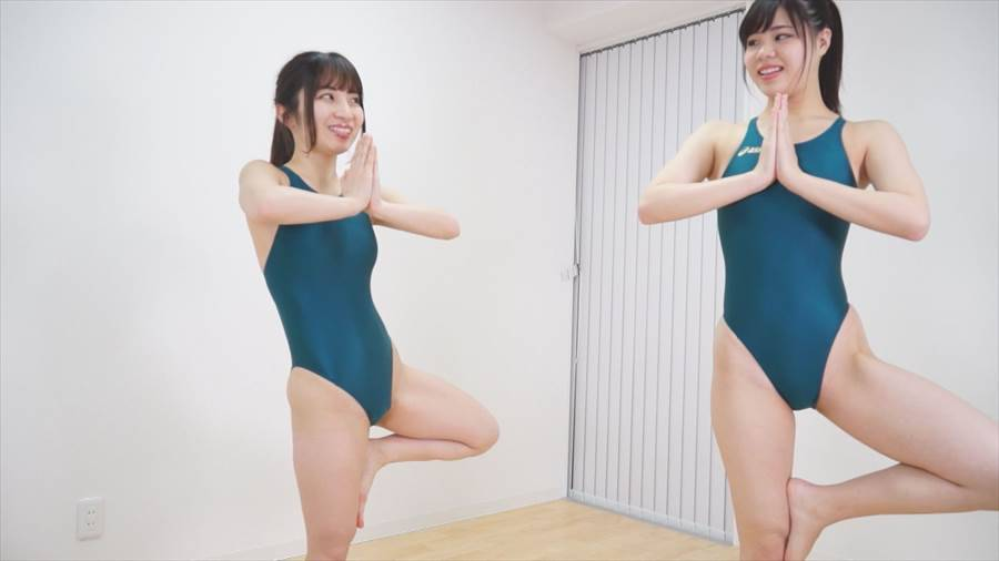 【HD】星乃レイアと北乃みれいの3年スクール競水レズ サンプル画像02