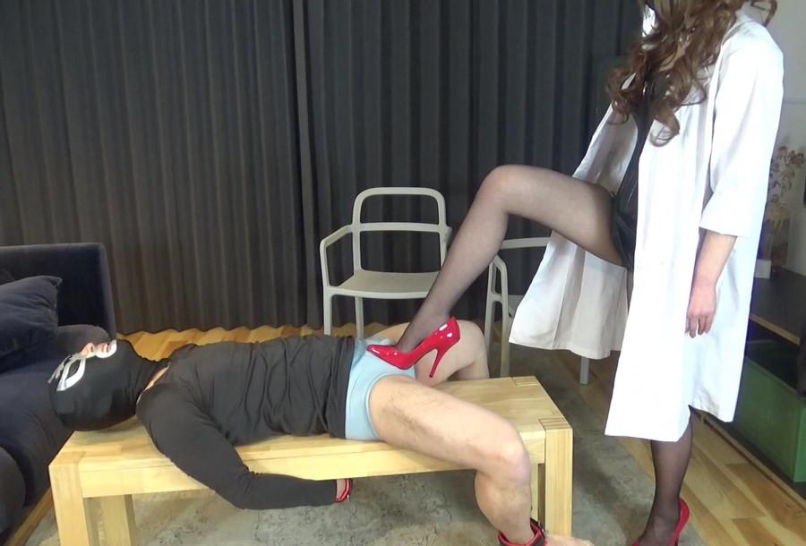 【HD】綺羅女医のスパイ男拷問 サンプル画像01