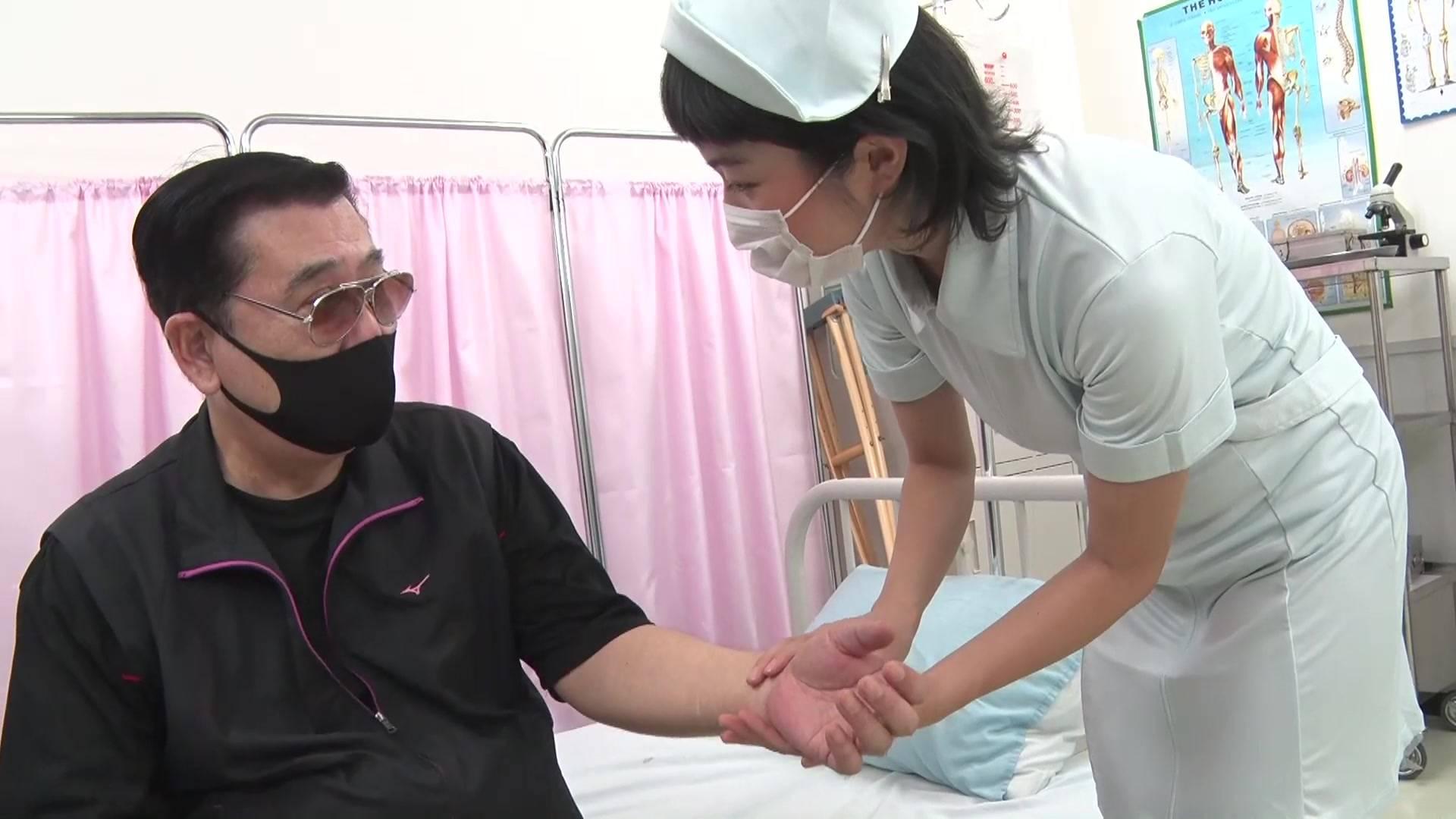 可愛い看護婦さんのお腹を殴ったら最後まで… 1/5 サンプル画像02