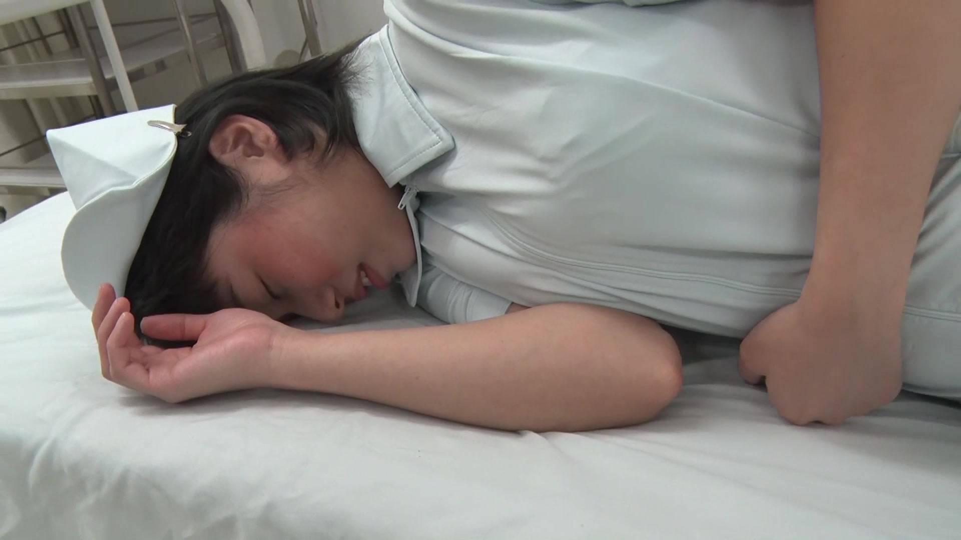 可愛い看護婦さんのお腹を殴ったら最後まで… 1/5 サンプル画像11