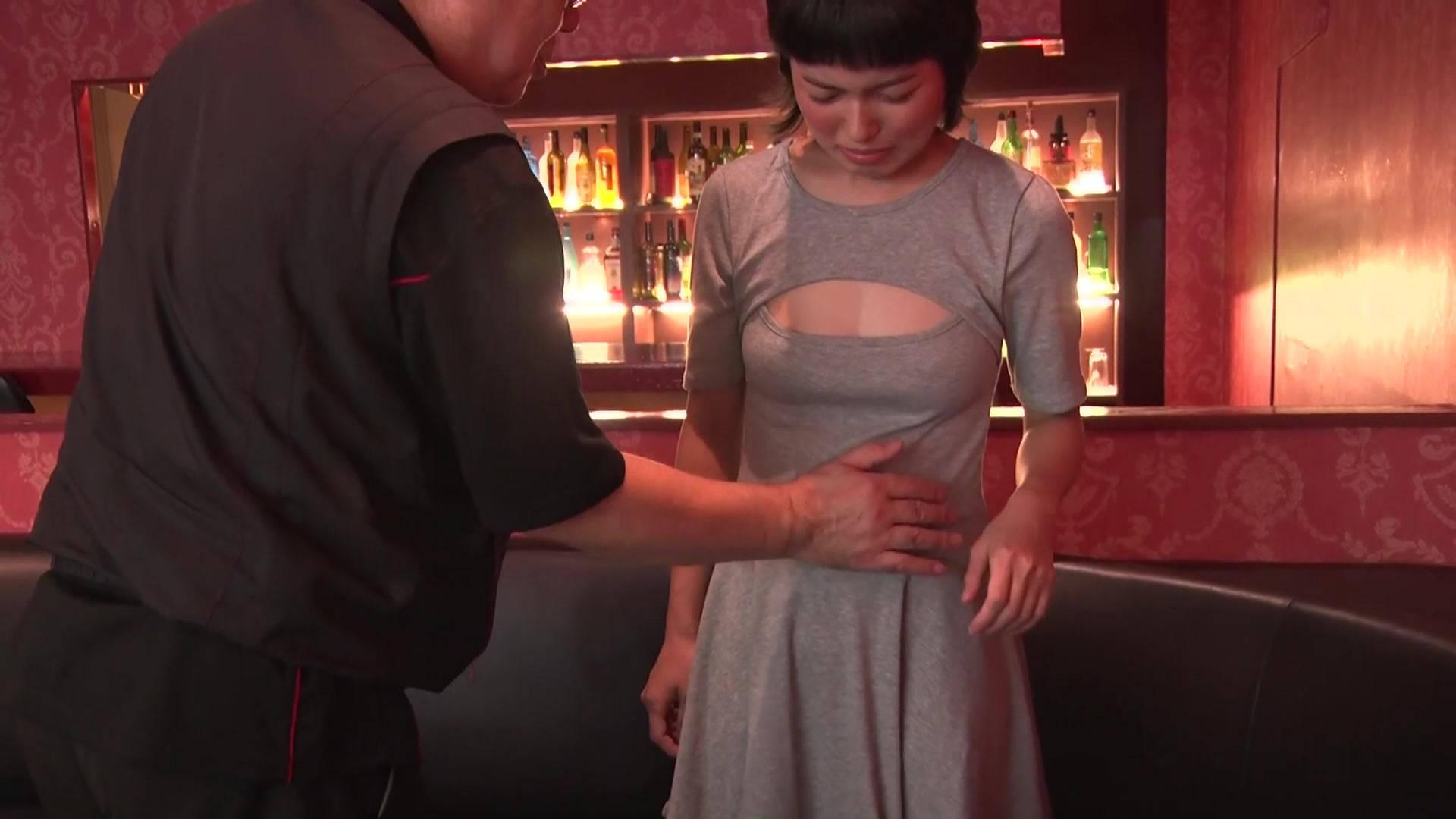 可愛い看護婦さんのお腹を殴ったら最後まで… 5/5 サンプル画像04