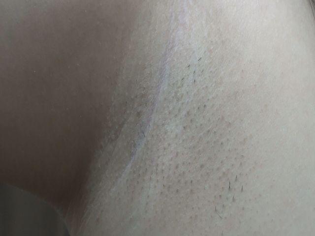 ワキ接写・剃り残しアリの汚ワキ!M男がペロペロ サンプル画像04