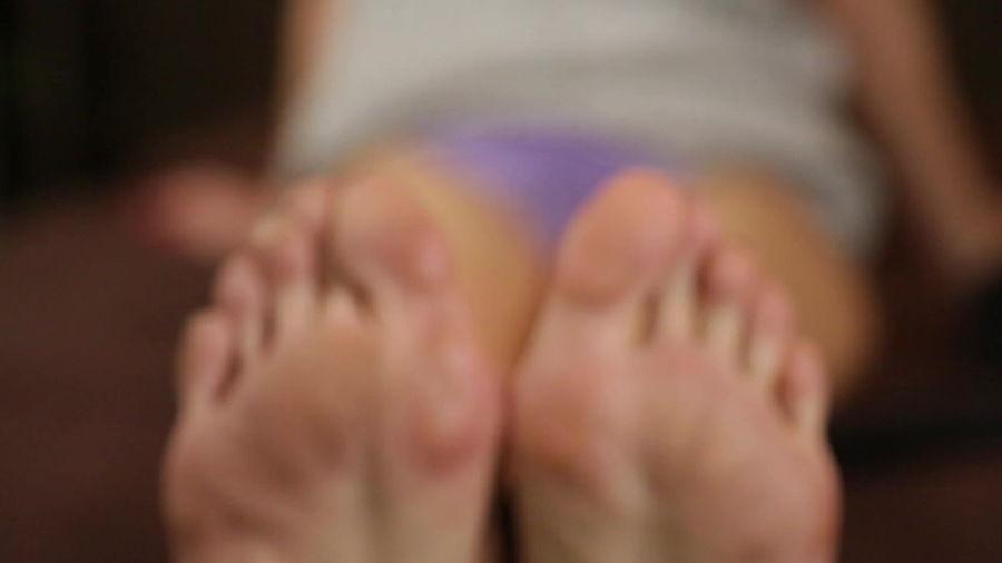 【足の裏しか愛せないのです】オッパイよりもアソコよりも、断然「足裏派」! サンプル画像11