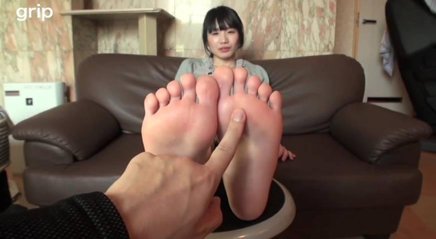 ロリ美少女足裏くすぐりフェチ撮影 希美ゆう サンプル画像01