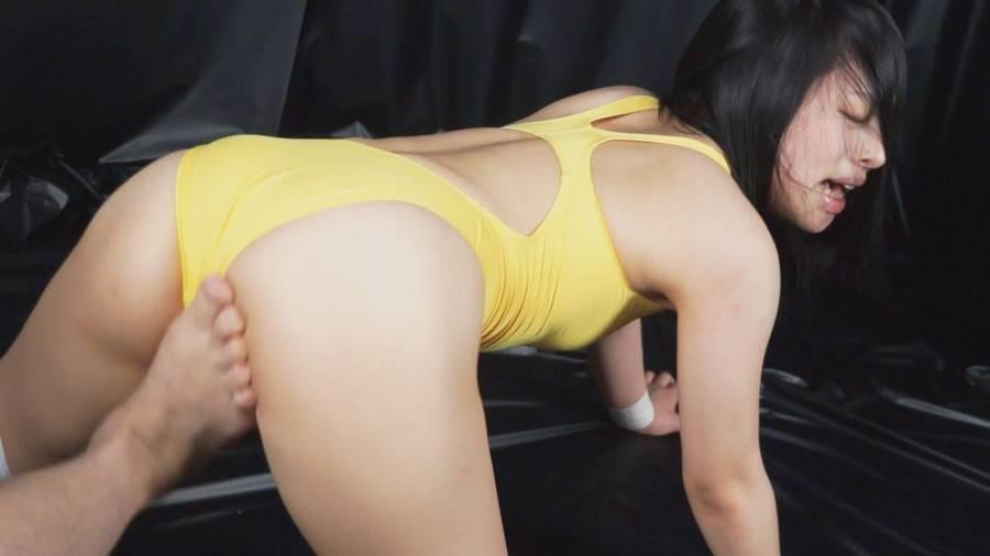 【HD】格闘女虐め 股間攻撃編1 サンプル画像04