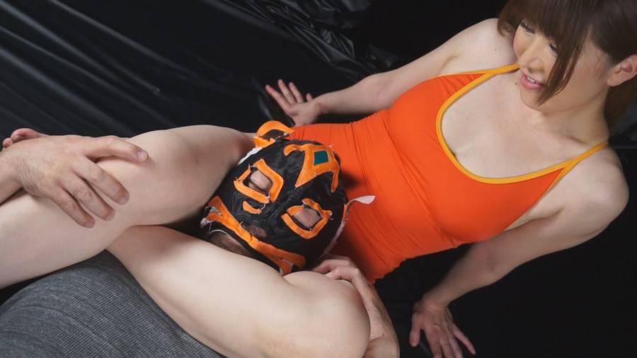 【HD】格闘男虐め 太股締め技編2 サンプル画像11