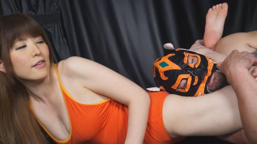 【HD】格闘男虐め 太股締め技編2 サンプル画像12