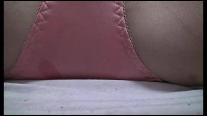 【新着投稿!マニア絶賛!】美人生保レディの自宅自撮シミパン サンプル画像10
