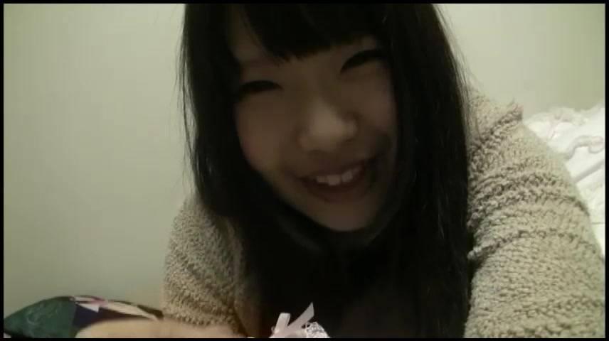 【新着投稿!マニア絶賛!】シミパン自撮りでリモート報告 サンプル画像07