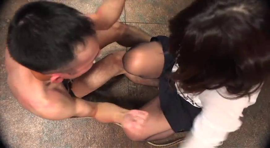 Pure Gold嬢王フェチ別セレクション ? 糞尿完食豚便器編Part1-前編- サンプル画像11