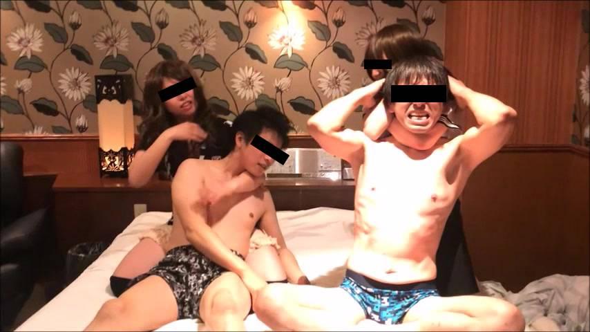 【失神連続!電気あんまで悶絶!】美百合ちゃん、沙羅ちゃん、くるみちゃんの残酷ショー サンプル画像08