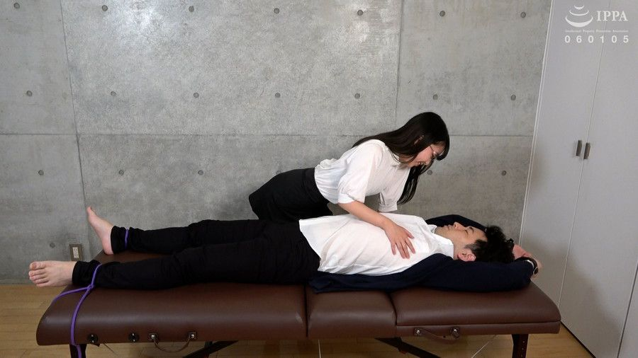 【HD】くすぐり女子 堅物大学教授 拘束強制くすぐり責め サンプル画像02