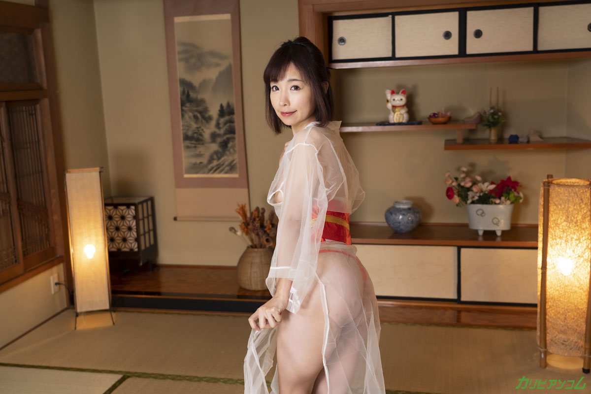 Sophisticated adult healing bower-close service allowed only to you, a nympho young proprietress-Chisato Takayama