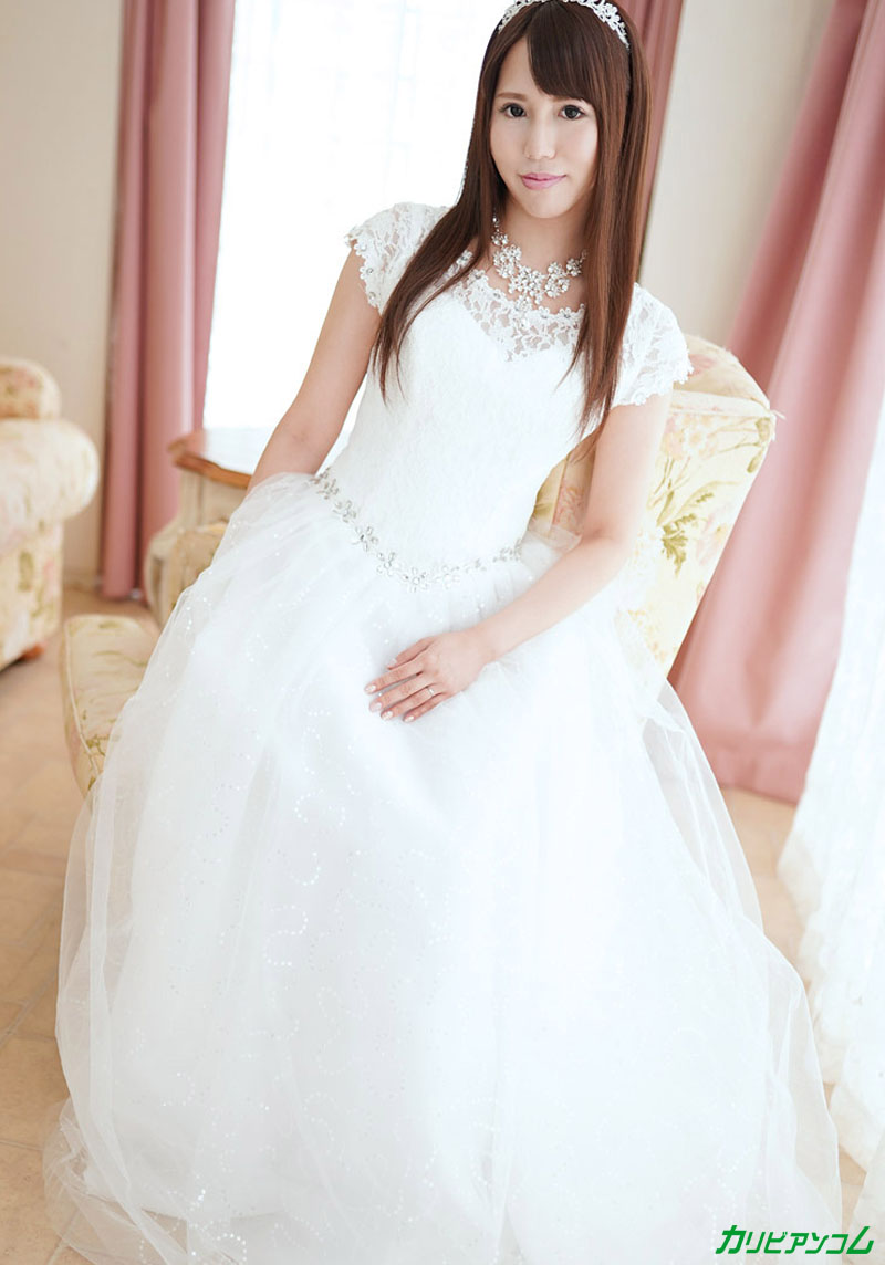 A bride who is vulnerable to pushing ~ Creampie NTR with the person in charge of the dress on the eve of the wedding ~ Miyuki Sakura