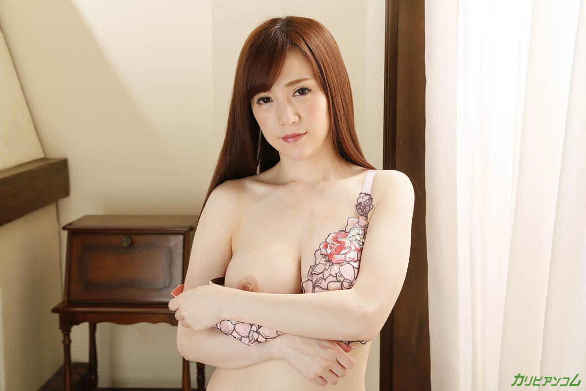 Sumire Mika, a beautiful body hoodle that repeatedly wants to be rich
