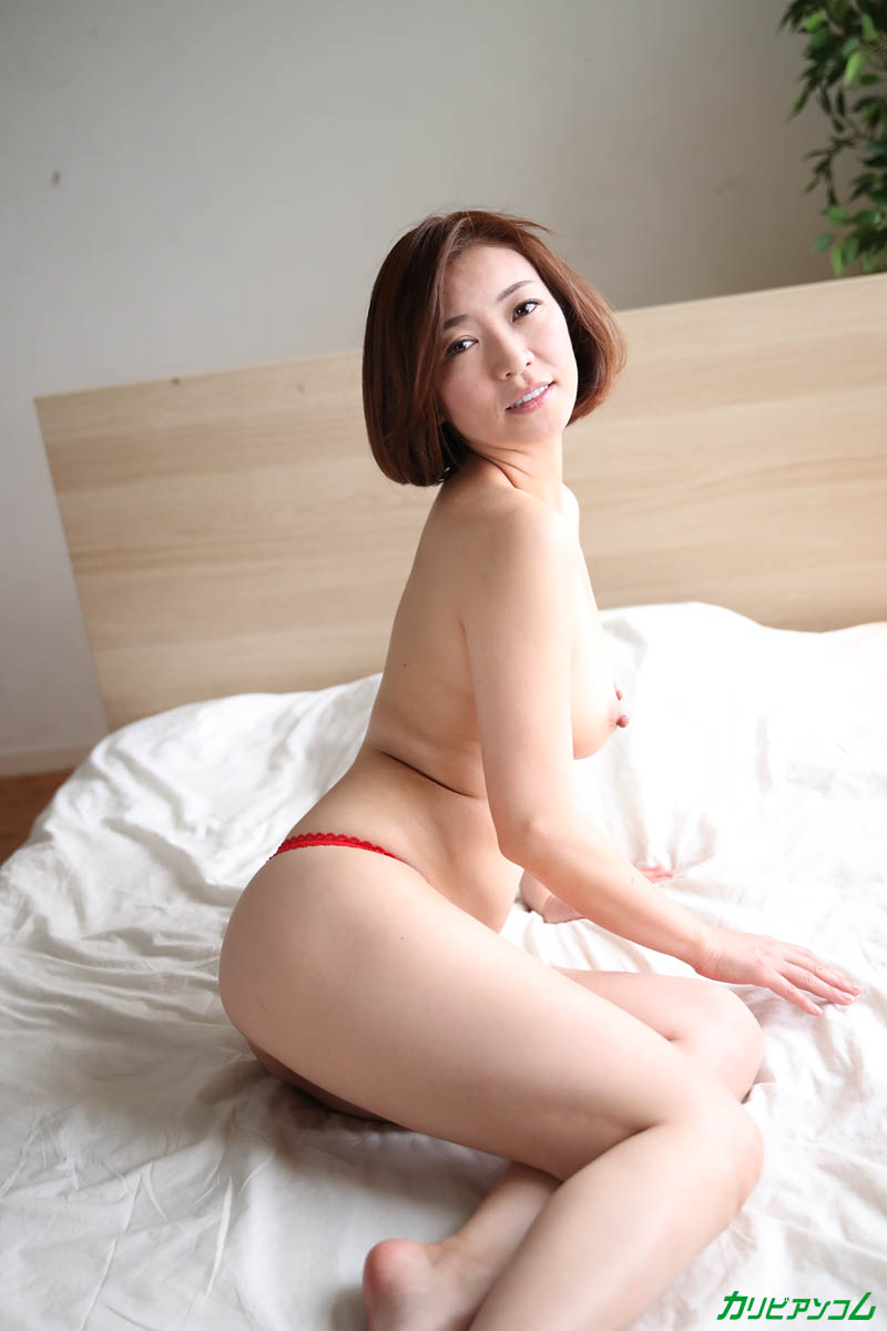 HITOMI, the woman who is full of the warmth of bukkake sperm in the world