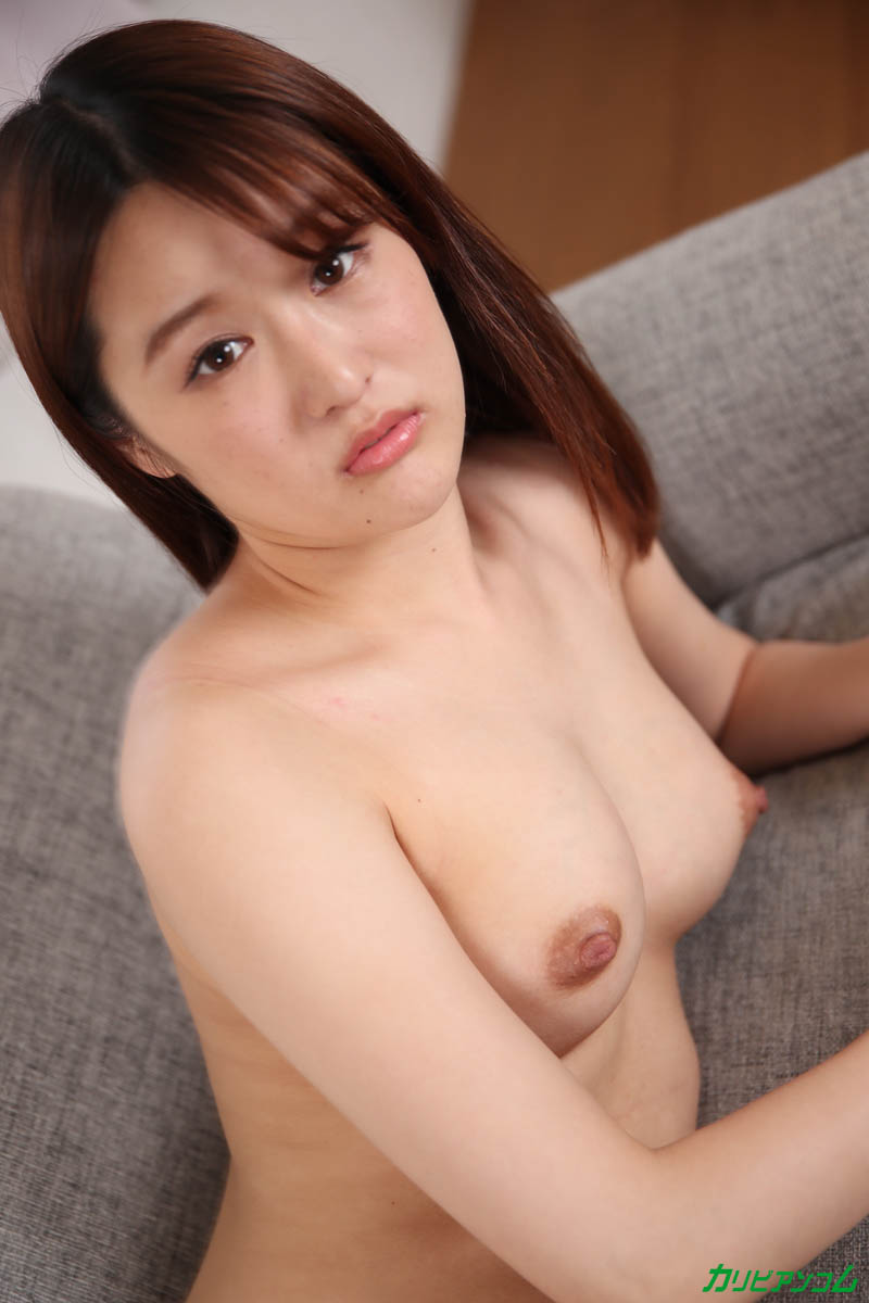 Debut Vol.64 ~ Pounding SEX that an innocent beauty felt for the first time ~ Sample image 05