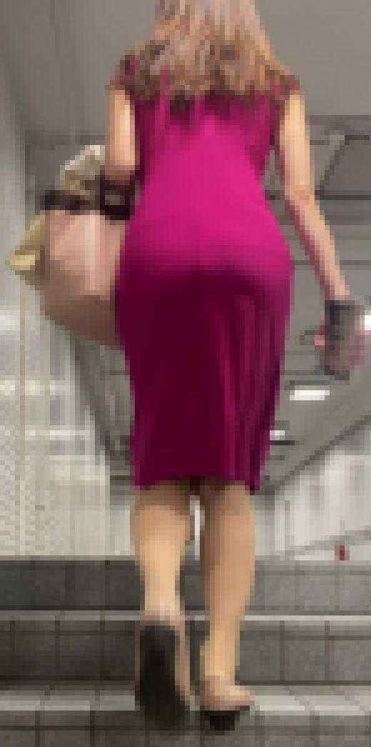 【ワンピ】アザレアピンクのワンピースお姉さんのスタイルたまりません サンプル画像3