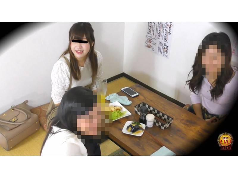 隠撮 ほろ酔い大学生 女子会赤恥お漏らし サンプル画像1