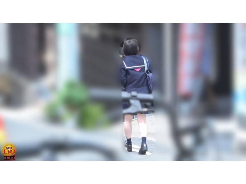追跡盗撮 お腹が痛い女子校生たちの 便器ぶちまけゆるうんち サンプル画像15