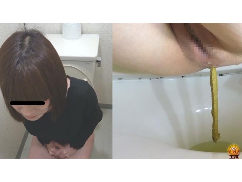 公衆トイレ盗撮 街行く女性達の爆おなら サンプル画像15