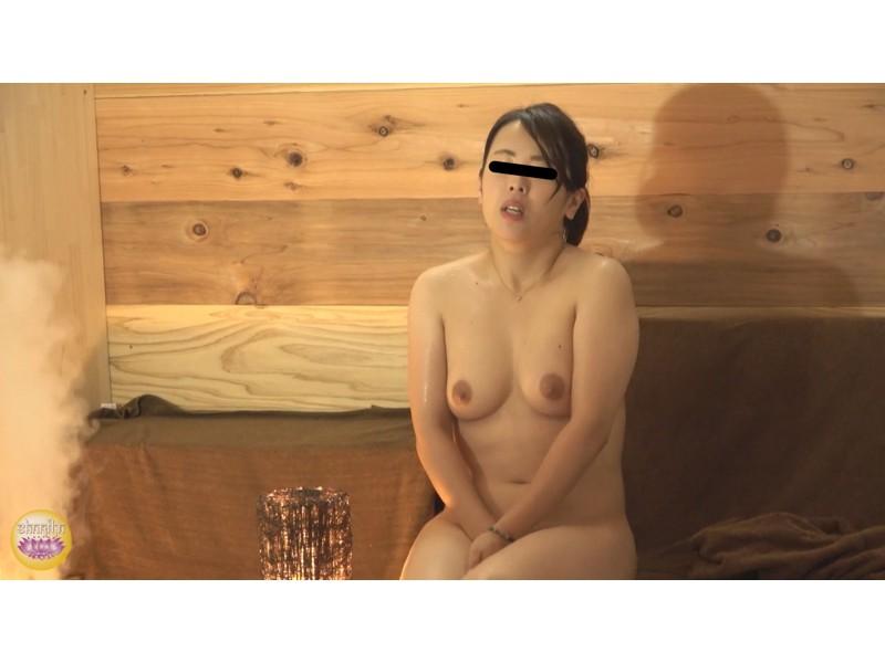 サウナ汗濁駆け込み 全裸大放尿 サンプル画像19