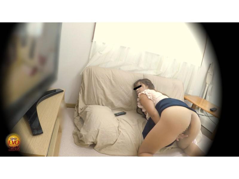 盗撮 こっそりAV鑑賞オナニー 5 サンプル画像10
