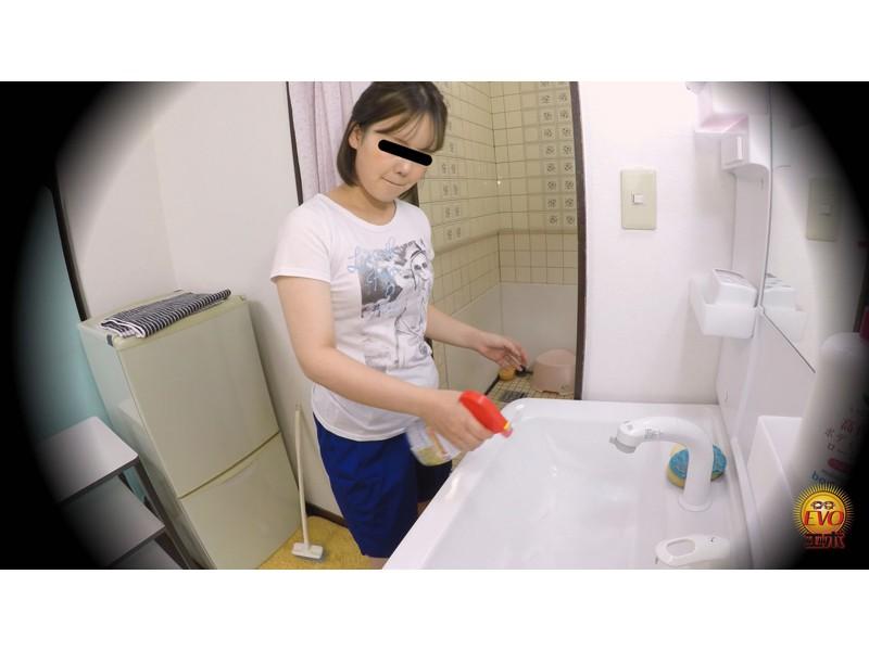盗撮 部活シャワー室で尿を放出する少女達 サンプル画像25