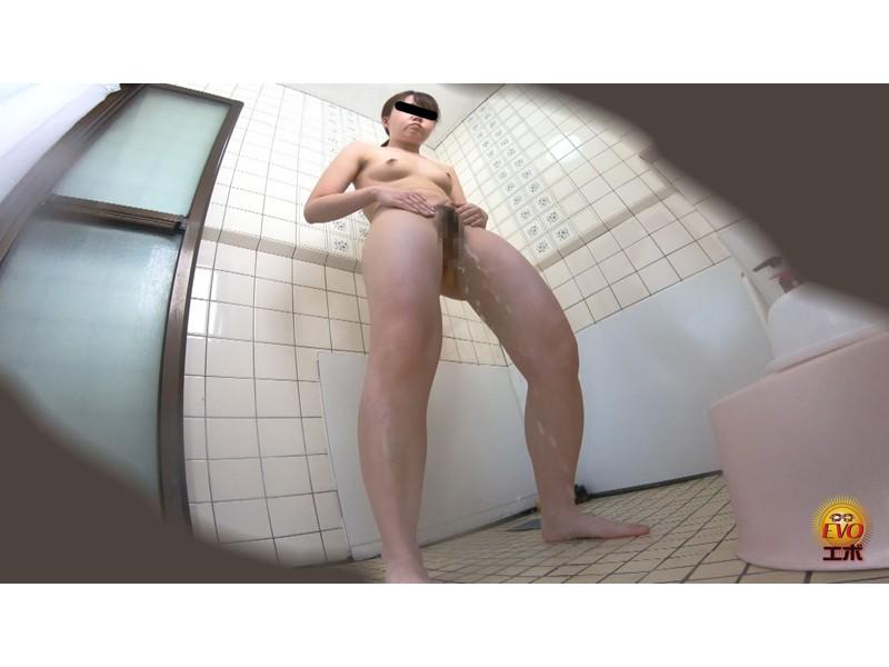 盗撮 部活シャワー室で尿を放出する少女達 サンプル画像6