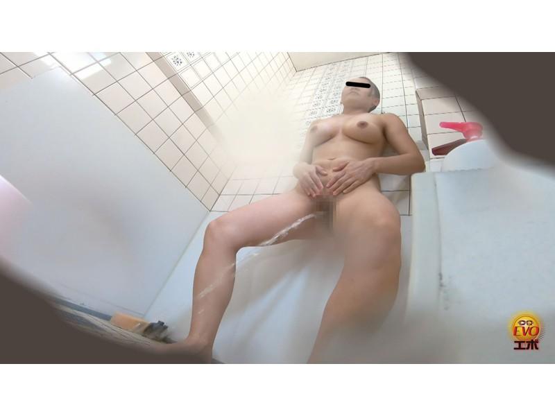 盗撮 部活シャワー室で尿を放出する少女達 サンプル画像8
