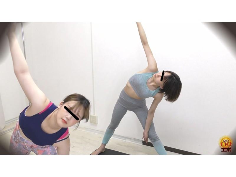 盗撮 ヨガウエア女子の健康うんこ サンプル画像5