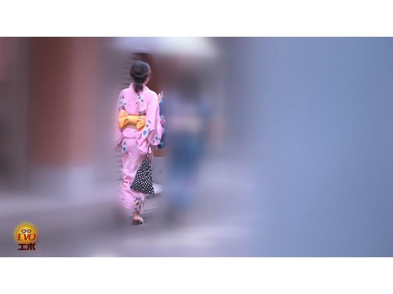 トイレ盗撮 和服女子の和式おしっこ サンプル画像17