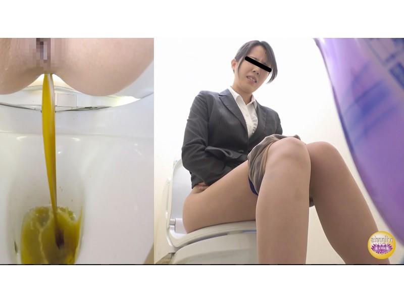 社内盗撮 便秘女の糞闘記録 硬い便と下剤軟便の日 サンプル画像10