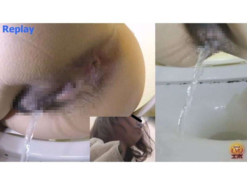 洋式トイレ盗撮 女の素顔放屁放尿 サンプル画像3
