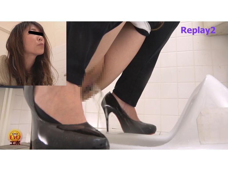 盗撮 超待たされ個室トイレ 限界間近ギリギリ放尿 2 サンプル画像16