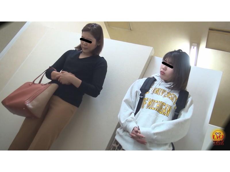 盗撮 超待たされ個室トイレ 限界間近ギリギリ放尿 2 サンプル画像7