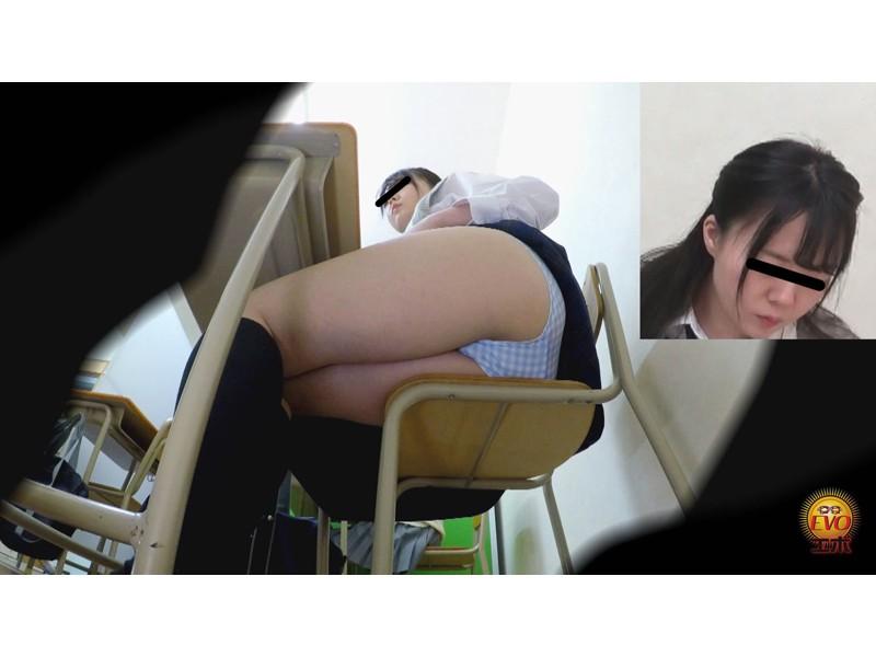 盗撮 人前失態恥ずかし女学生おなら~聞かれてバレてトイレでプッ~ サンプル画像11