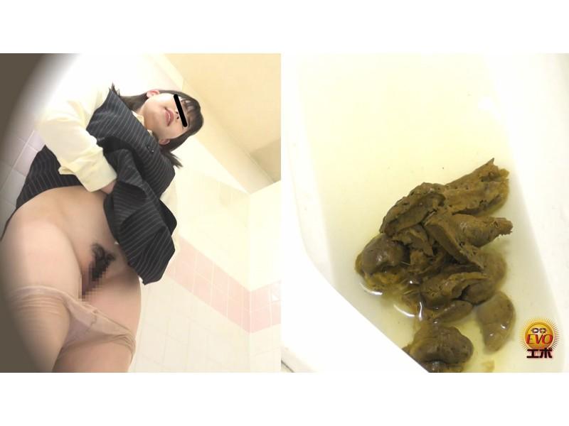 社内トイレ盗撮 便秘OL 踏ん張りおなら大便 サンプル画像2
