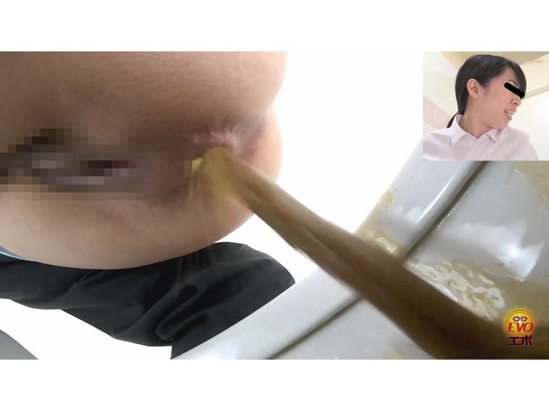 トイレ盗撮 便秘女教師の苦悶×爽快 浣腸大便 サンプル画像24