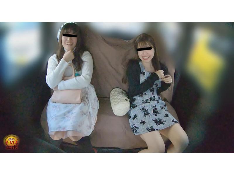 盗撮 女友達近距離失態 車内放尿&お漏らし サンプル画像5