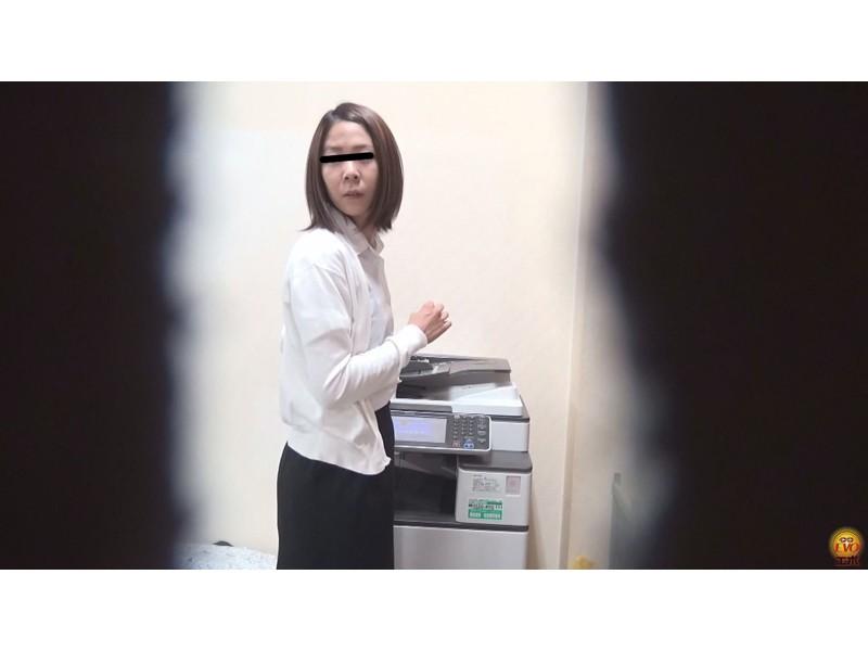 女教師パンスト破り Ssxy放尿日記 サンプル画像14