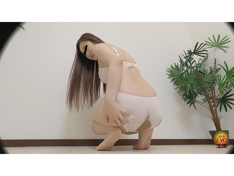 隠撮 下着モデルの恥ずかし放屁と絶望うんこ漏らし サンプル画像14