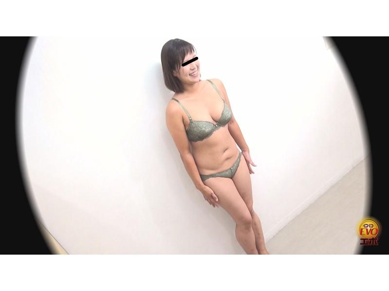 隠撮 下着モデルの恥ずかし放屁と絶望うんこ漏らし サンプル画像17
