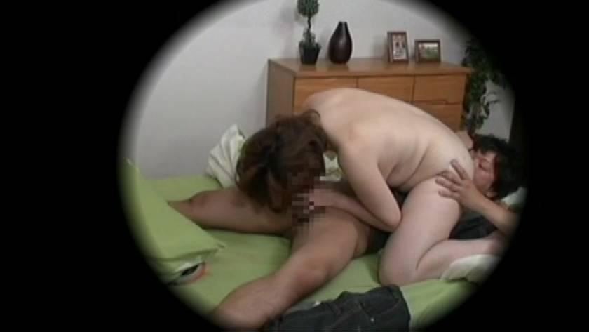 ある家庭の近親情事を隠しカメラが捉えた映像公開  サンプル画像10