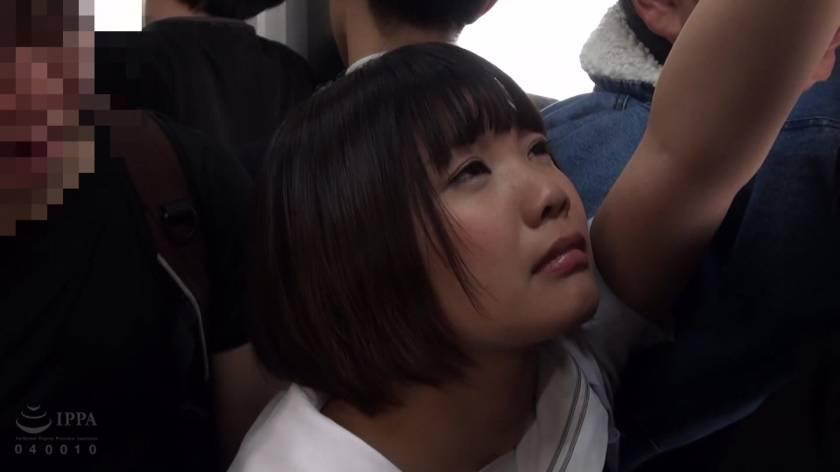 満員電車おもらし痴漢  サンプル画像13