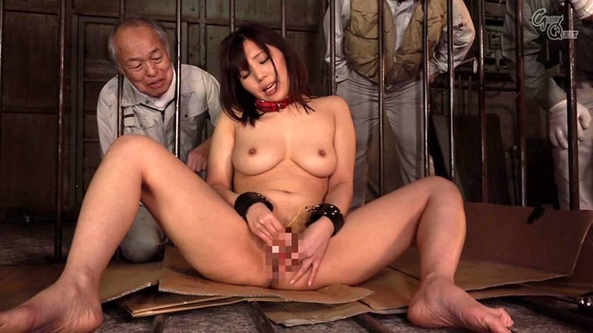 老働者に輪姦され性奴隷と化す巨乳未亡人 愛花みちる  サンプル画像13