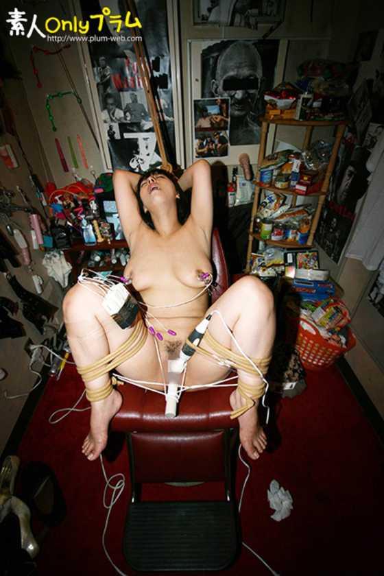(強制)ふつ~の主婦を拘束して電マ放置でビクンビクンカクンカクン失神させてみた  サンプル画像13