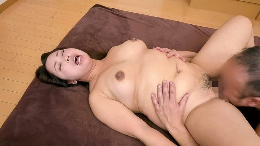 ヌード撮影だけのはずが… アラフォーむっちりドMの潮吹き奥さん 宮前さん39歳  サンプル画像13