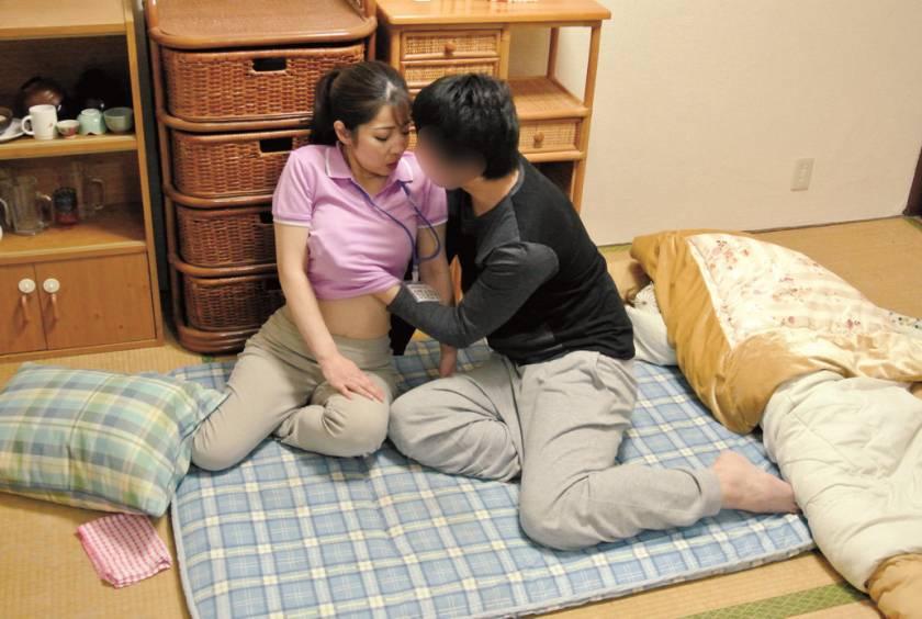 意外とヤレる!!家事代行サービスのおばさん 3  サンプル画像14